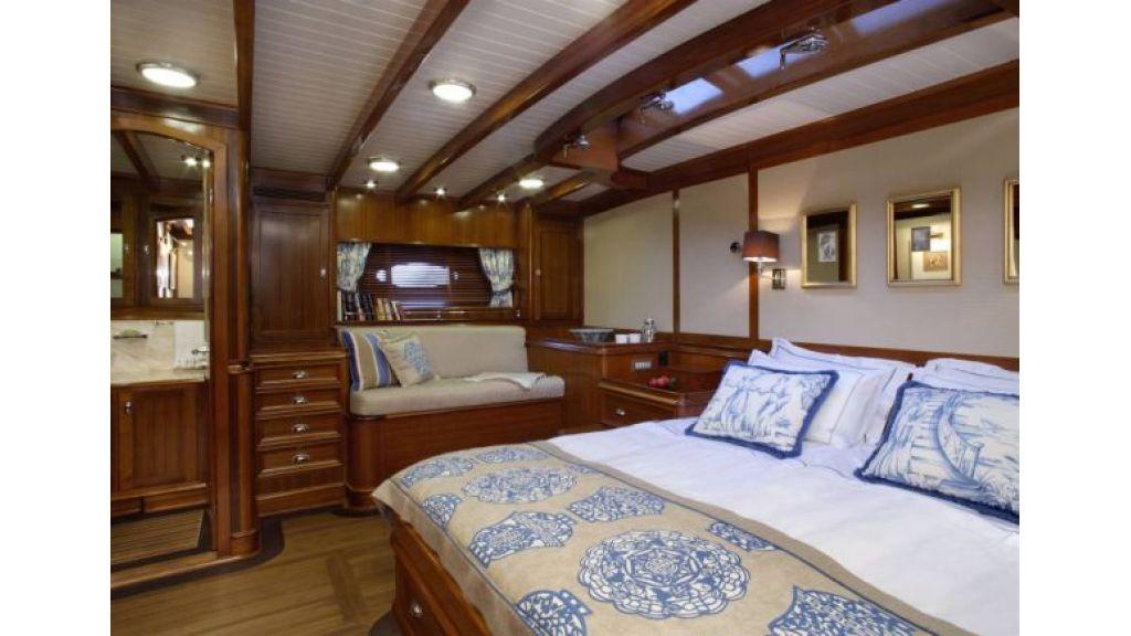 JAZZ_JR_sailing_yacht (10)