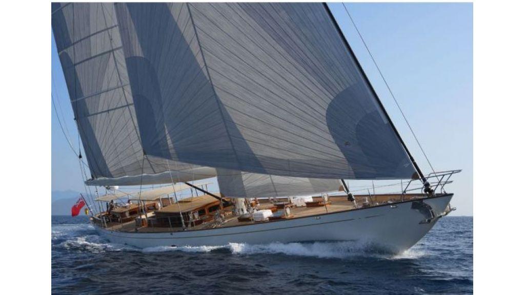 JAZZ_JR_sailing_yacht (15)