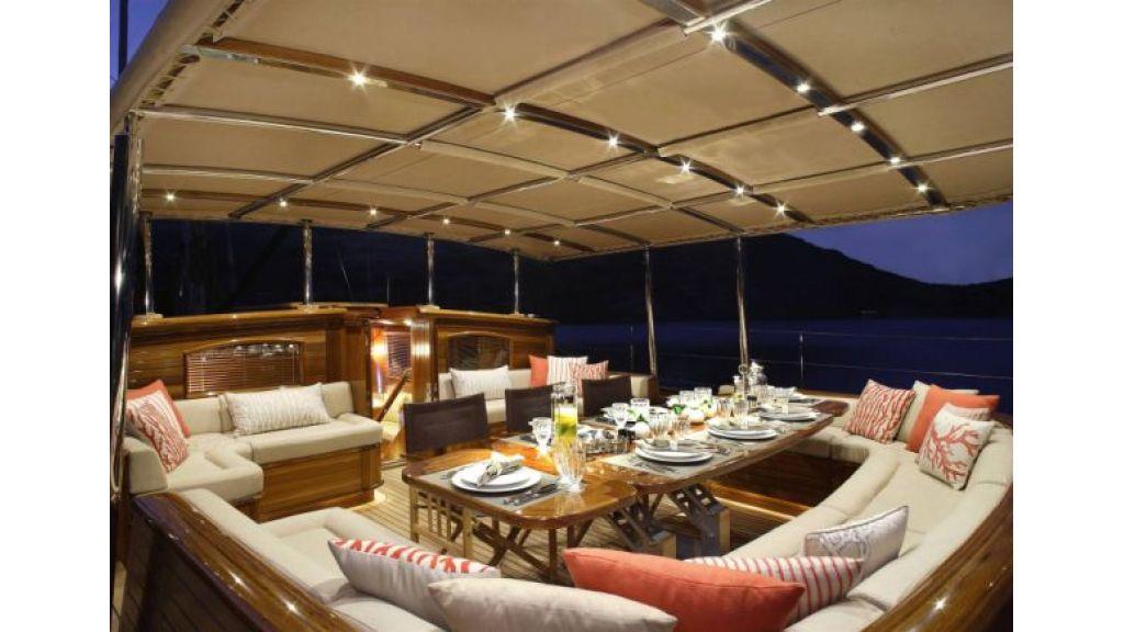 JAZZ_JR_sailing_yacht (6)