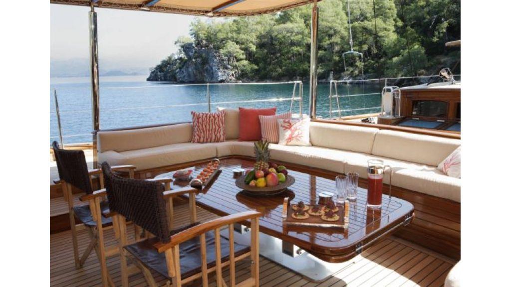 JAZZ_JR_sailing_yacht (7)