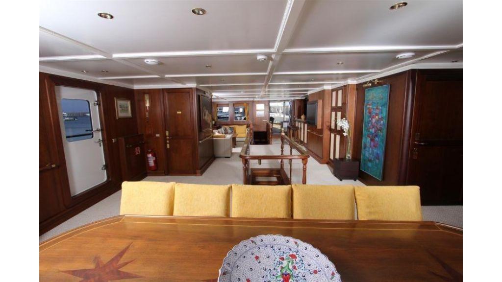 private steel hull motoryacht (14)