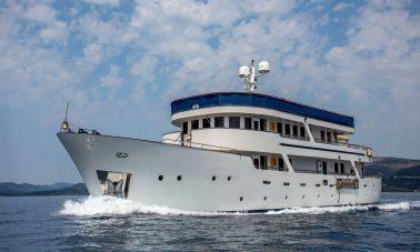 Steel Hull Motoryacht - master