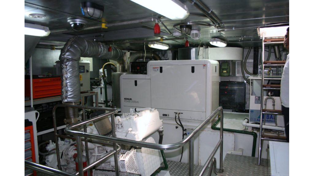 steel hull motoryacht