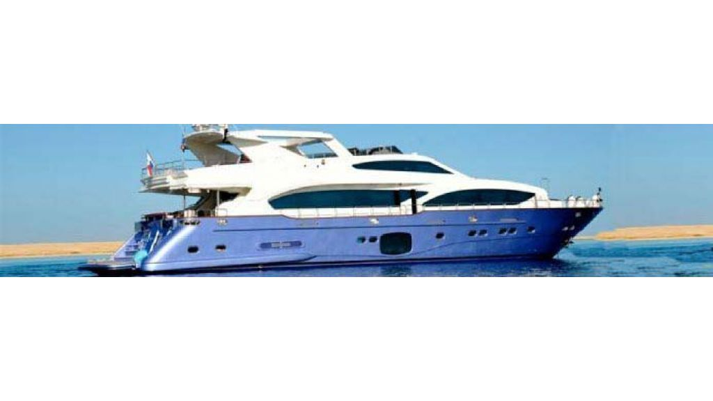 Laminated_wood_motoryacht-(41)