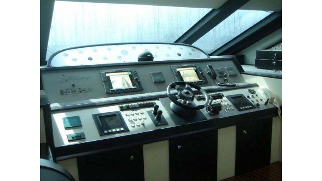 Laminated_wood_motoryacht (3)