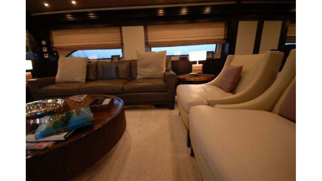 Laminated_wood_motoryacht (26)