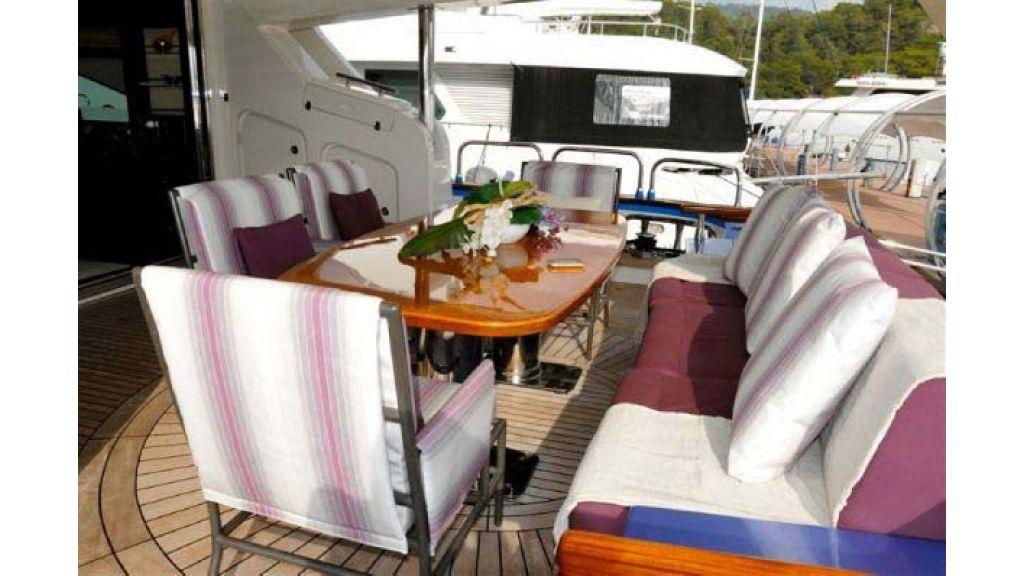 Laminated_wood_motoryacht (12)