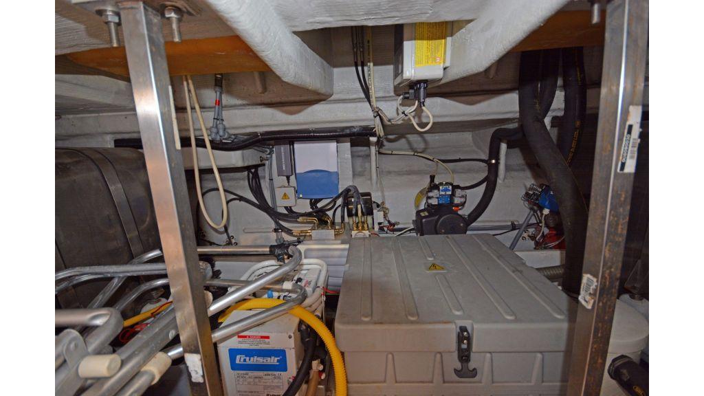 Azimut 42m Motor Yacht (9)