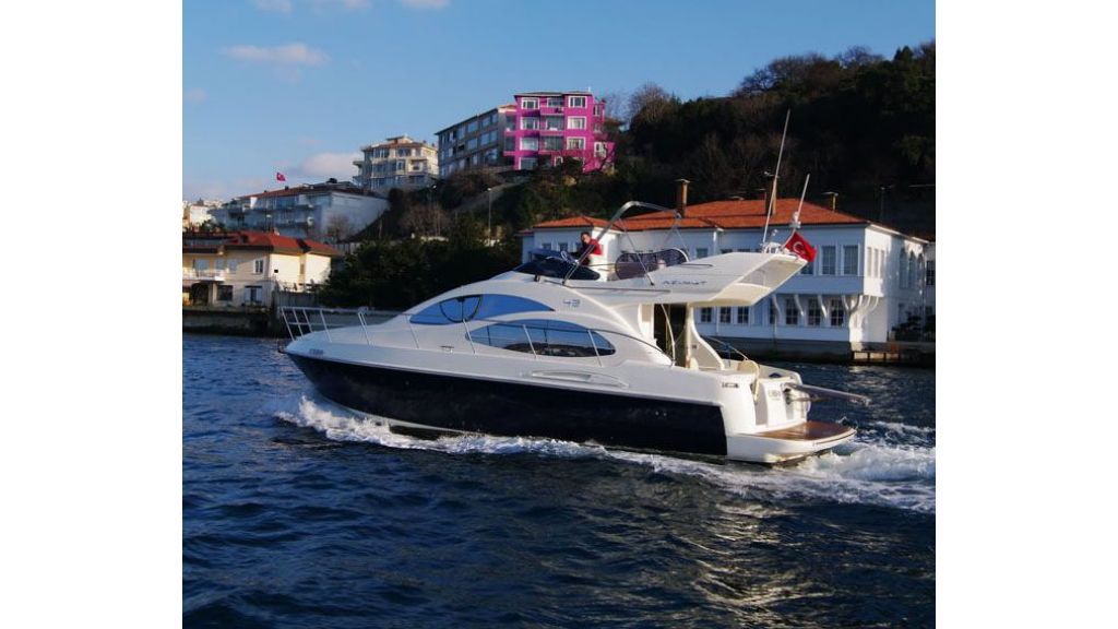 Azimut_42_for_sale