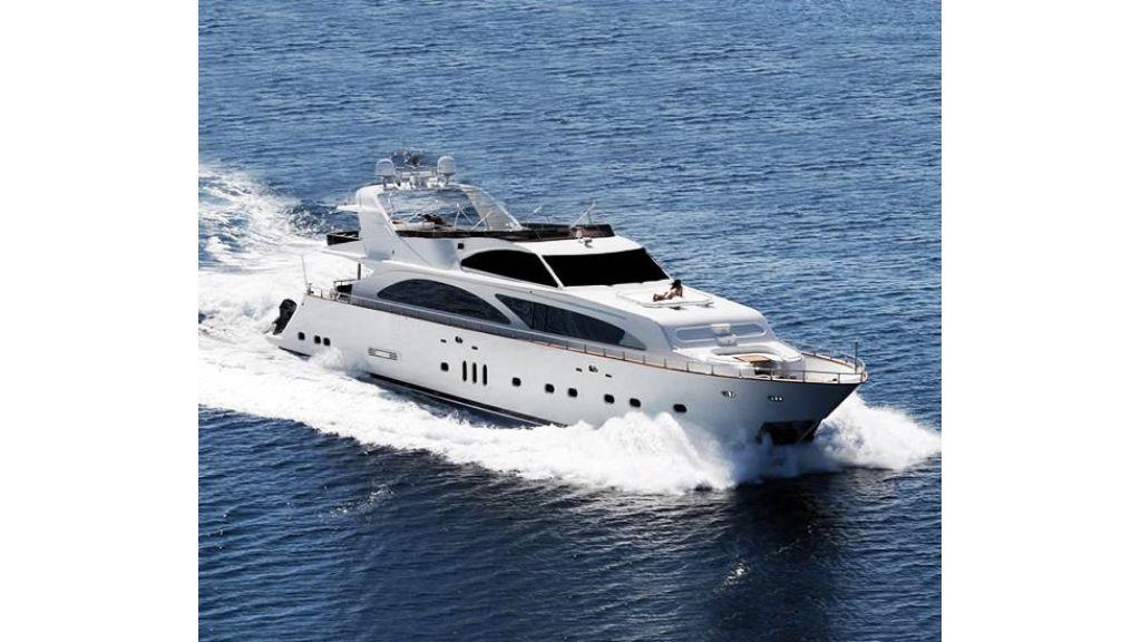 Elegant built motoryacht (20)