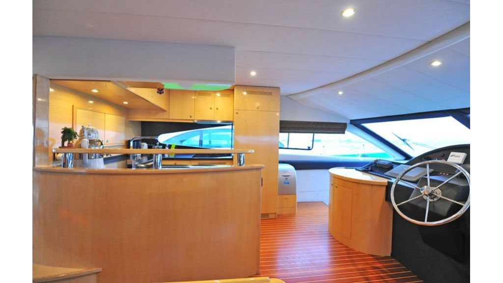 Motor yacht_for_sale (11)
