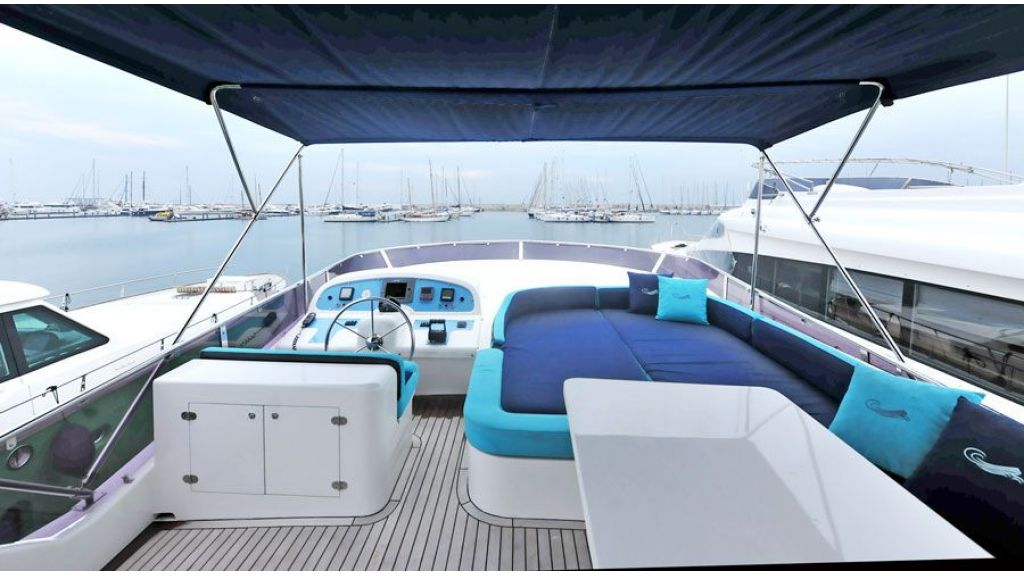 Motor yacht_for_sale (16)