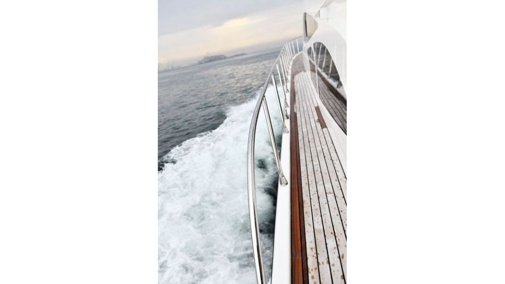 Motor yacht_for_sale (7)