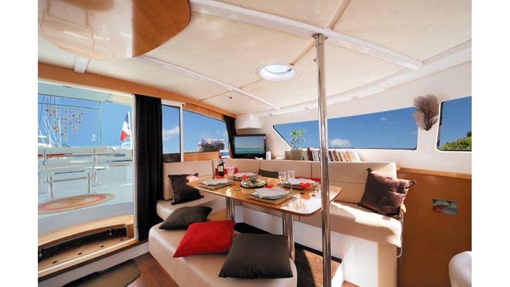 Catamaran_for_sale (9)