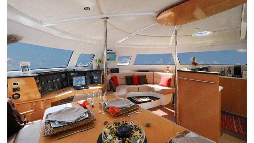 Catamaran_for_sale (7)