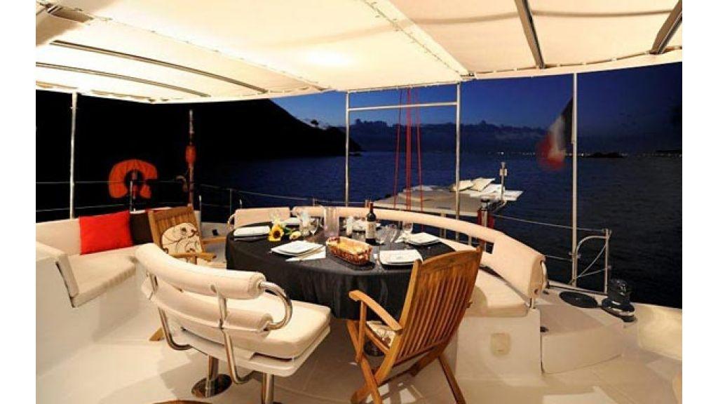 Catamaran_for_sale (10)