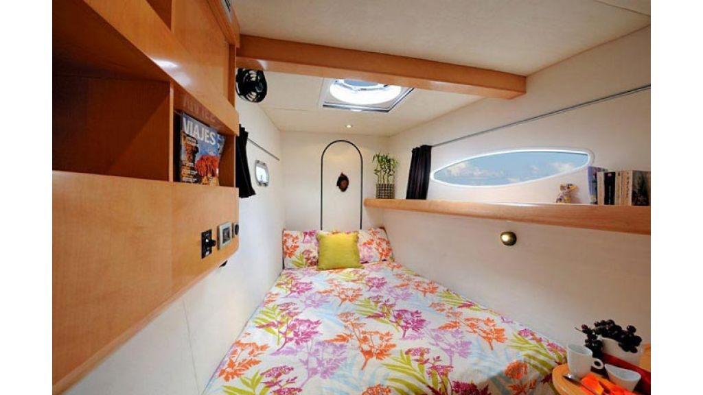 Catamaran_for_sale (14)