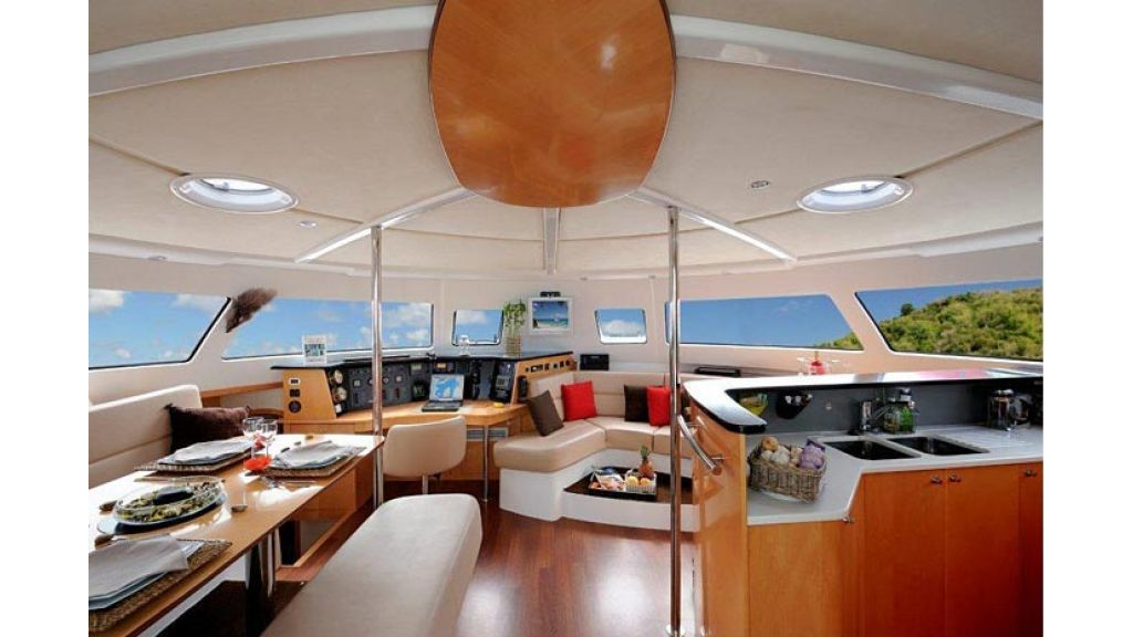Catamaran_for_sale (12)