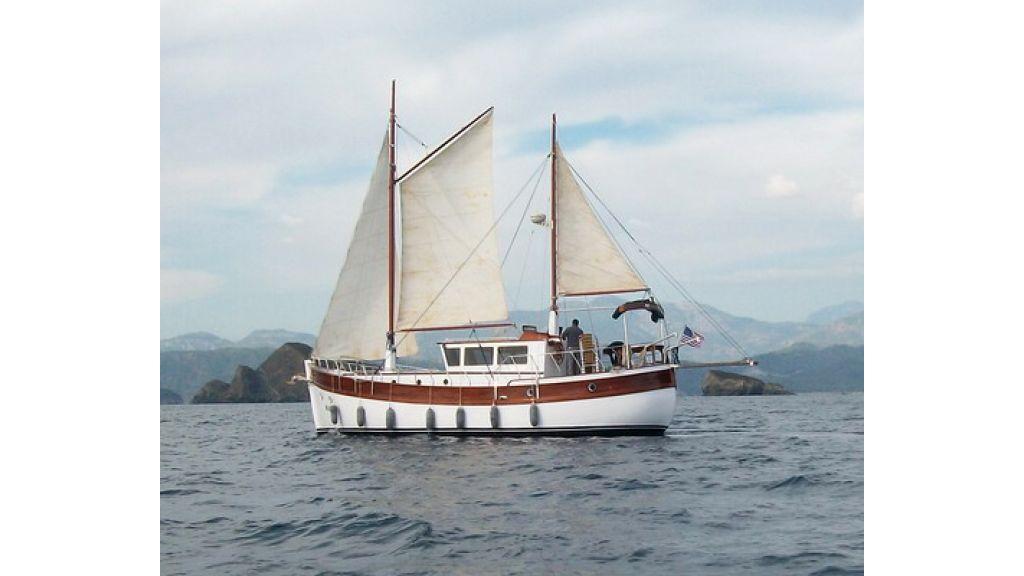 Nordik_motorsailer_yacht (8)