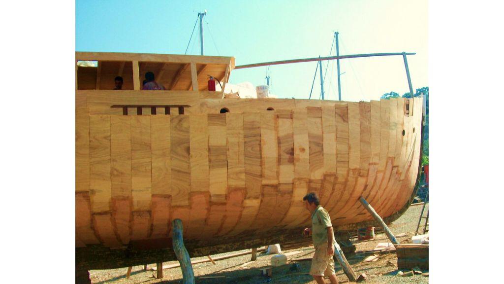 Nordik_motorsailer_yacht (14)
