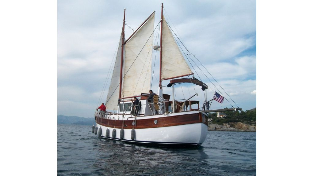 Nordik_motorsailer_yacht (19)