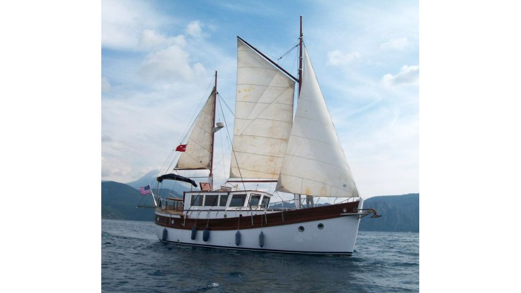 Nordik_motorsailer_yacht (22)