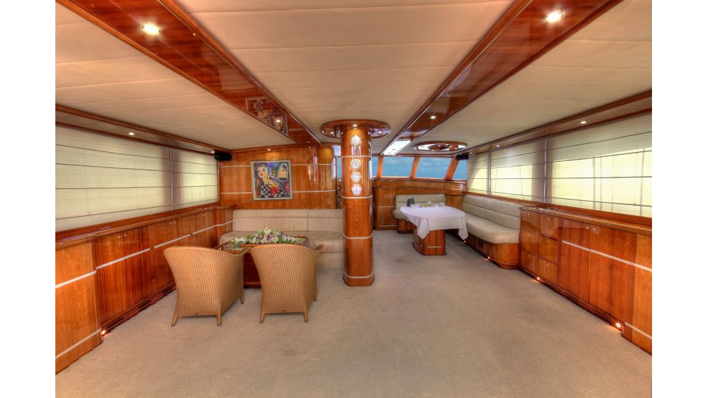 Silver moon luxury sailing yacht (45)