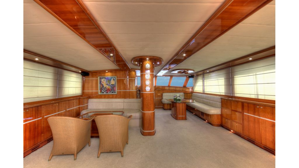 Silver moon luxury sailing