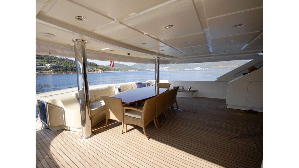 Mega yacht (4)