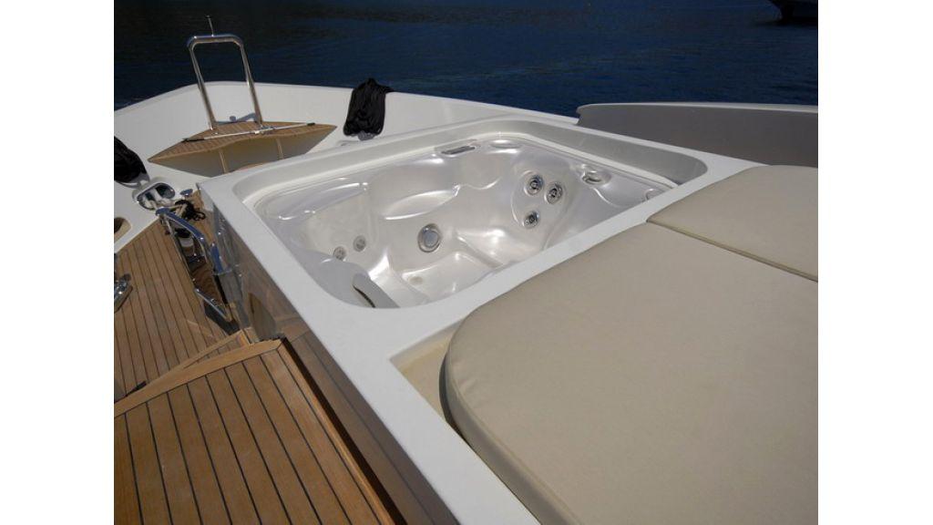 Mega yacht (6)