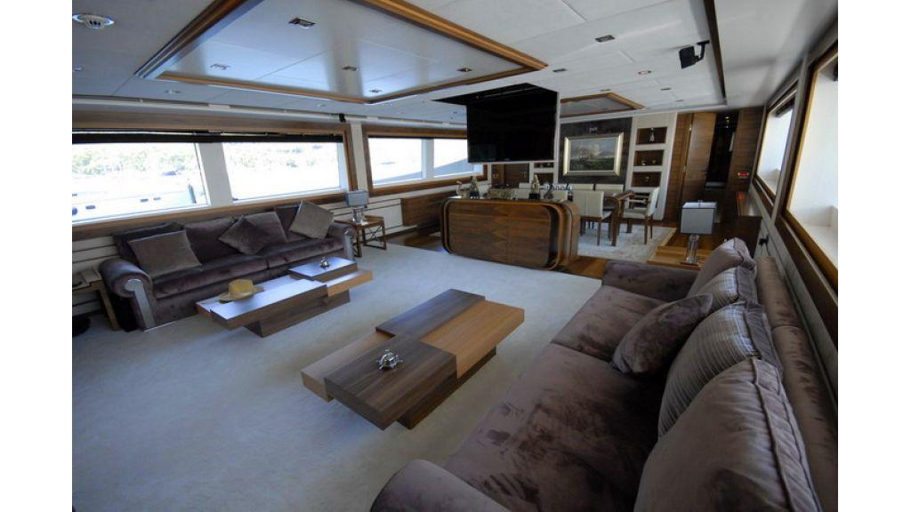 Mega yacht 8
