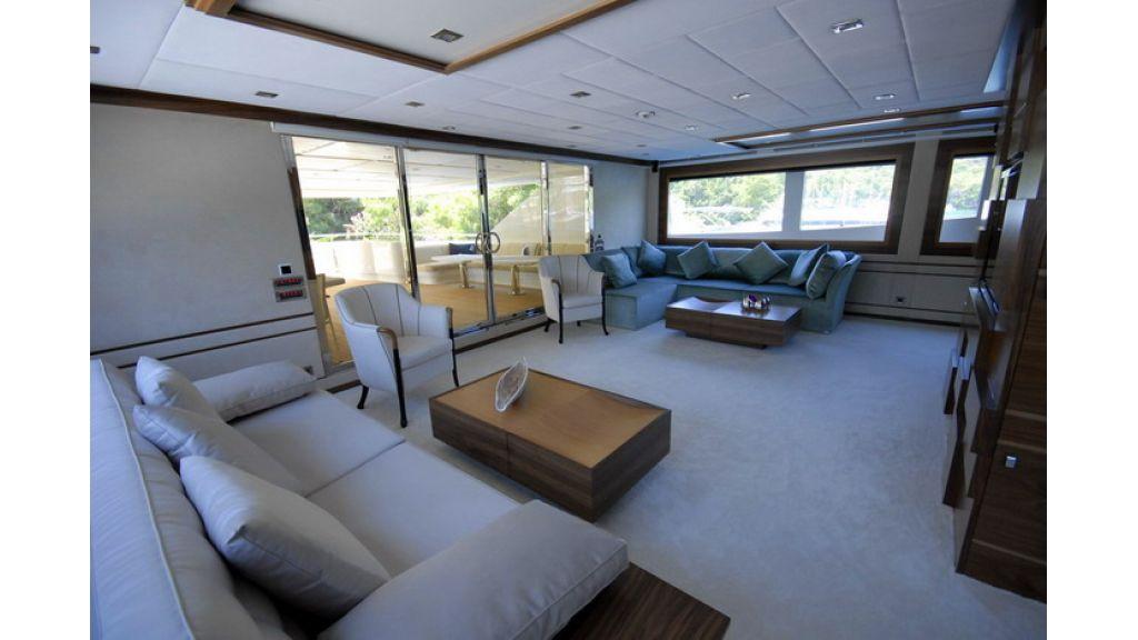 Mega yacht (15)