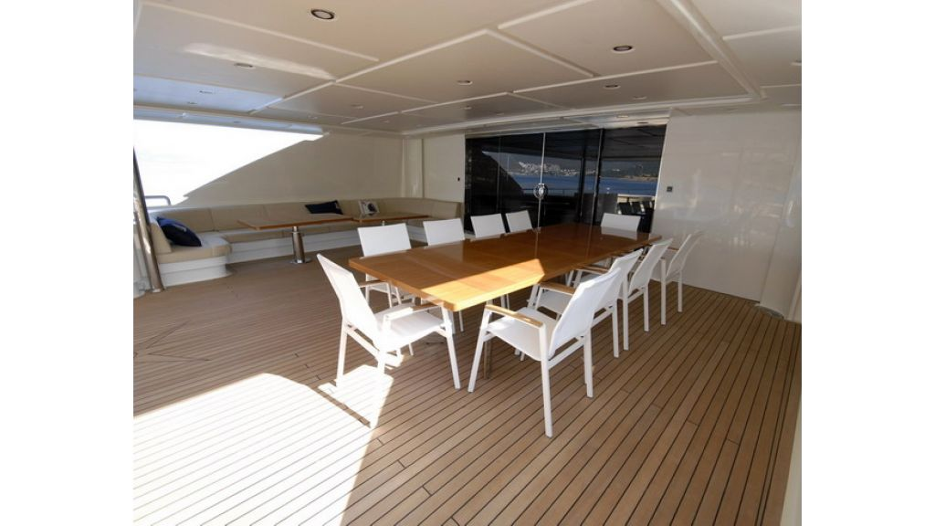 Mega yacht (23)