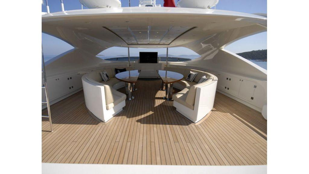 Mega yacht (24)