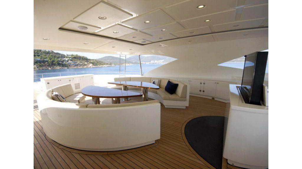 Mega yacht (25)
