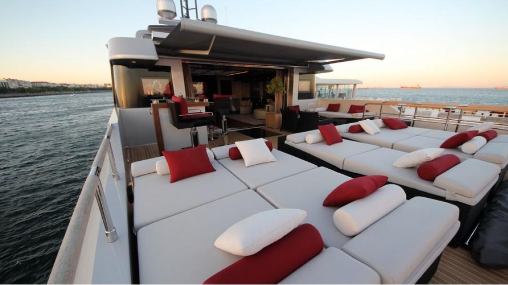 ultra new design motoryacht (29)