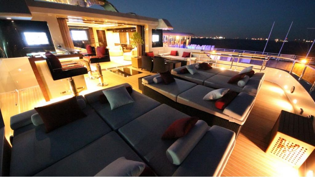 ultra new design motoryacht (33)
