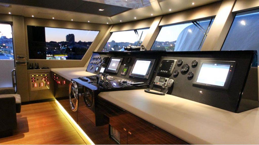 ultra new design motoryacht (45)