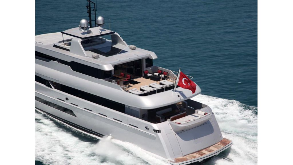 ultra new design motoryacht (3)