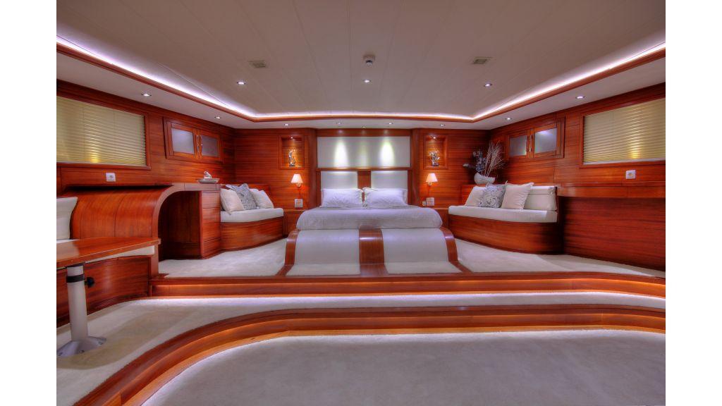 Radical design luxury gulet (19)