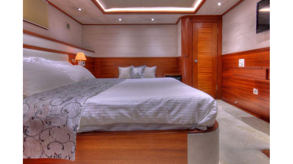 Radical design luxury gulet (27)