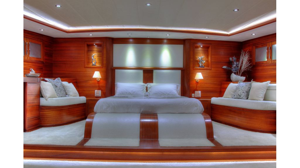 Radical design luxury gulet (53)