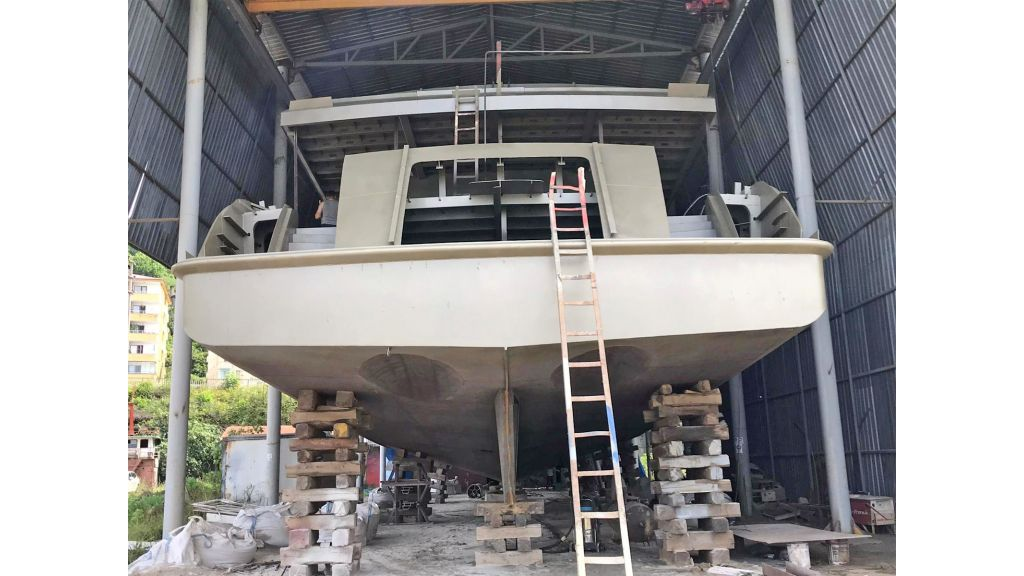 Steel Hull Motoryacht (2)