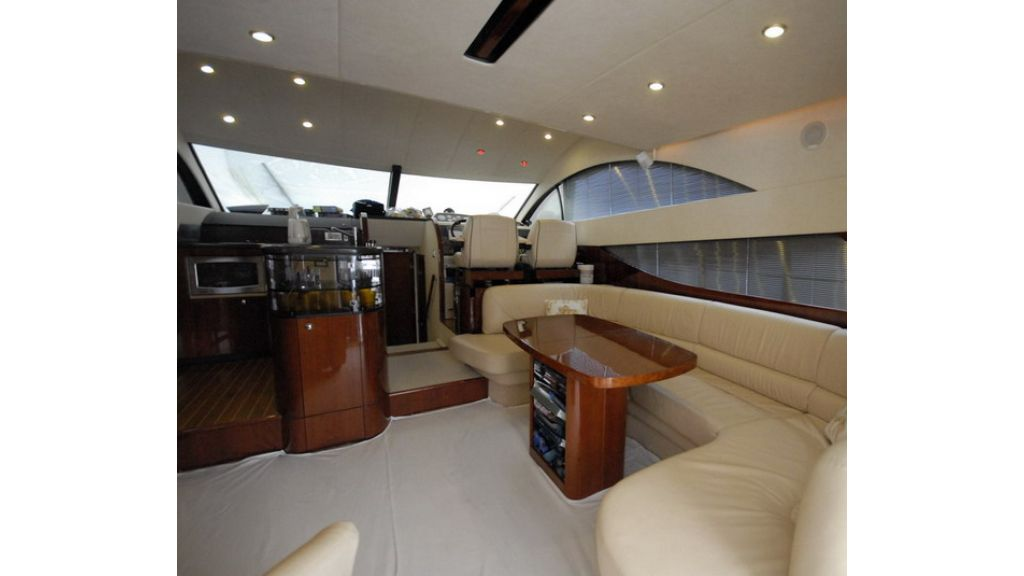 Fairline 50 Phantom (8)