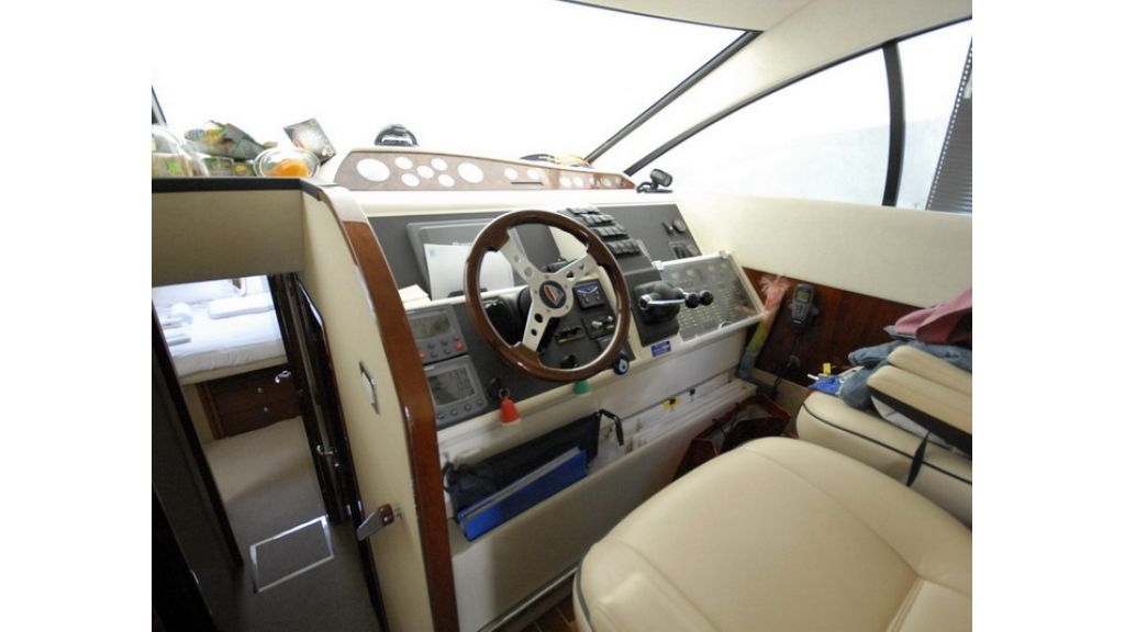 Fairline 50 Phantom (14)