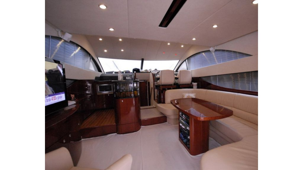 Fairline 50 Phantom (4)