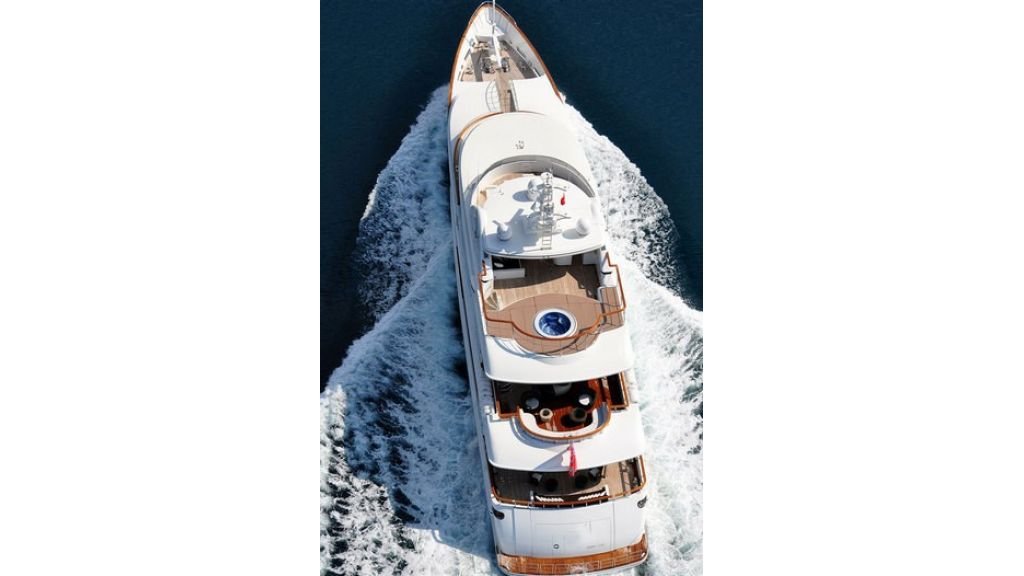 Composite luxury motor yacht (55)