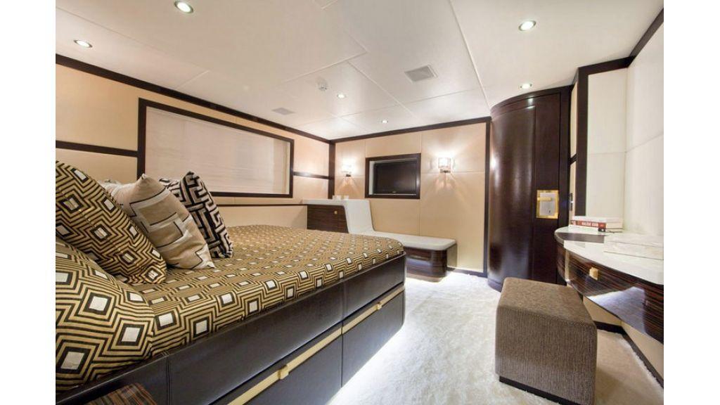 Composite luxury motor yacht (62)