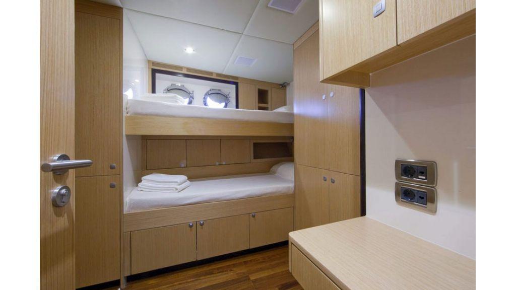 Composite luxury motor yacht (69)