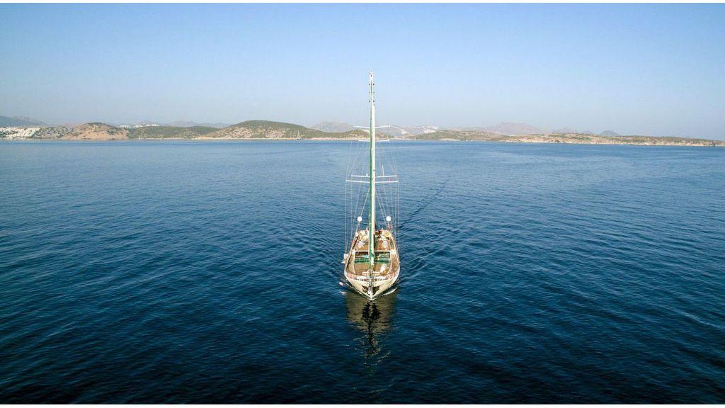 Steel hull charter gulet (3)